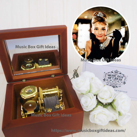 Breakfast at Tiffany's Soundtrack Moon River Audrey Hepburn 18-Note Music Box Gift  (Wooden Clockwork) - Music Box Gift Ideas