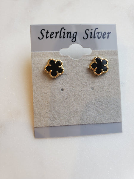 Small Clover Stud - Gold & Onyx