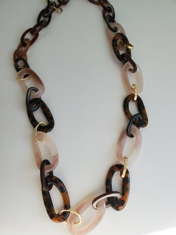 Blush & Browns Resin Necklace