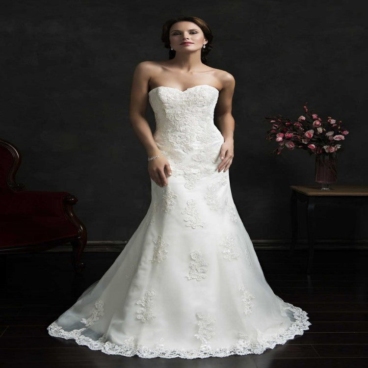 2015 See Through Corset Wedding Dress White And Champagne Lace Strapless  Gothic Wedding Gowns Beautiful Sleek
