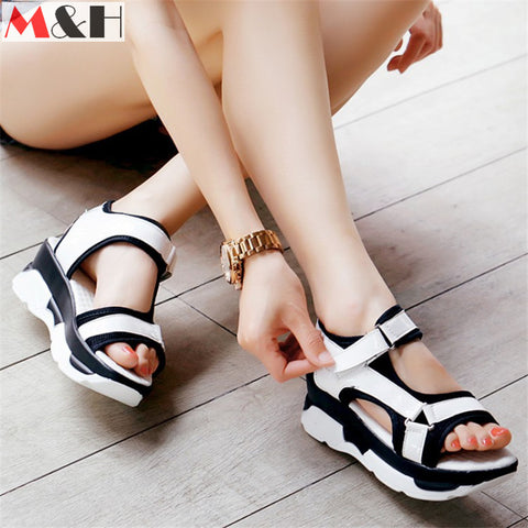 2016 New Summer Women Peep Toe Flats Buckle Platform Woman Hook Loop Sandals Shoes Flat Mixed Color Sandals Front Rear Strap - Alternative Measures