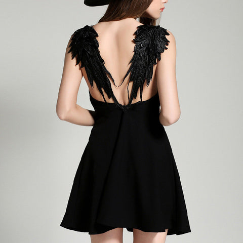 Solid color harnesses Wings backless dress
