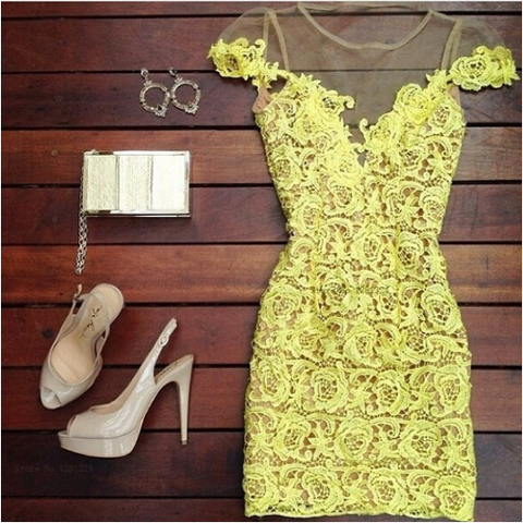 Sexy Slim Yellow stitching Lace Dress