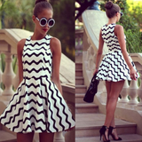 Fashion Stripe Sleeveless Round Neck Dress