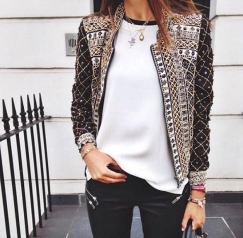 Casual long-sleeved black jacket