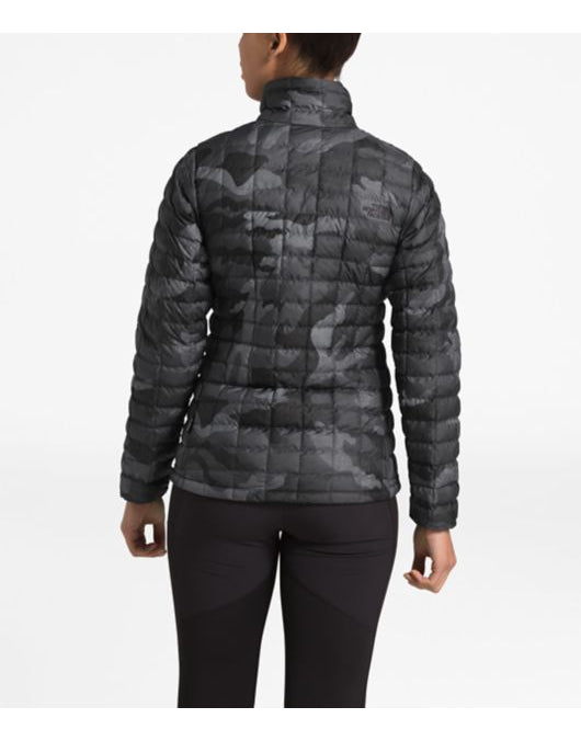 WOMEN'S THERMOBALL ECO JACKET TNF White Waxed Camo Print