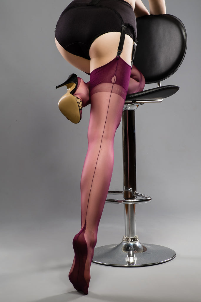 Gio Fully Fashioned Stockings - Point Heel, Plum