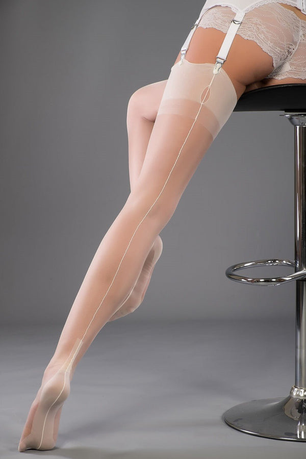 Gio Fully Fashioned Stockings - Cuban Heel, white