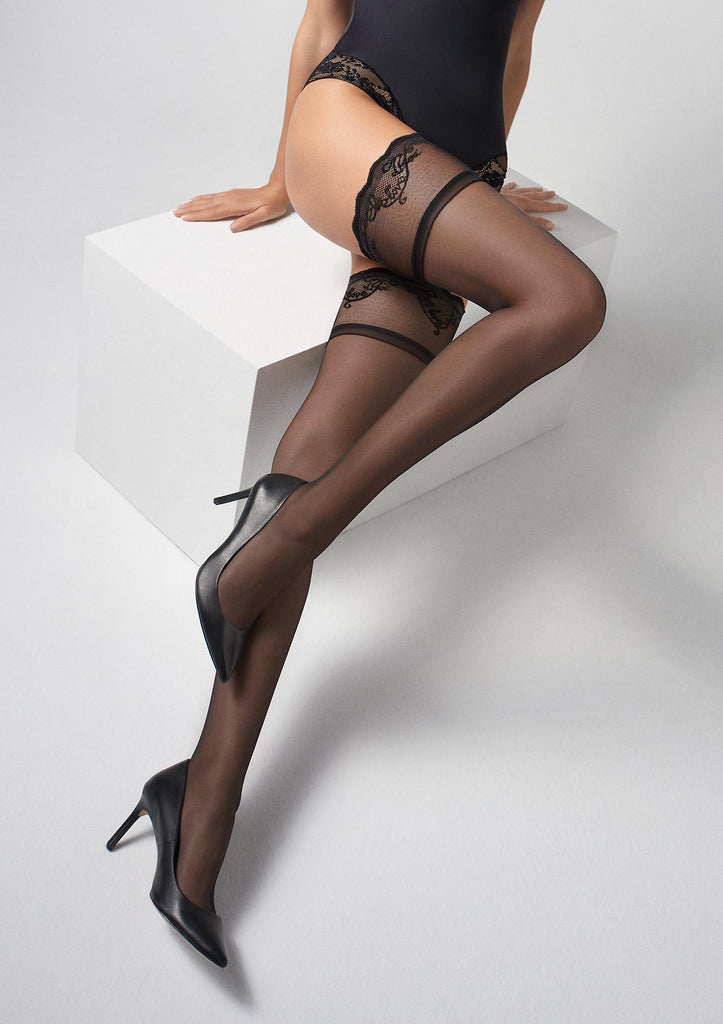Marilyn Coco T25 Hold ups