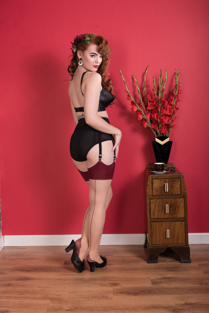 Seamed Stockings Claret Glamour H2037