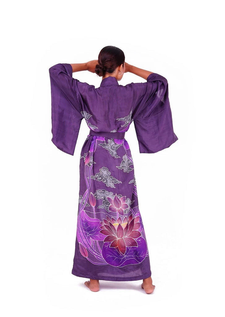 Silk kimono with Lotus flowers - 100% silk