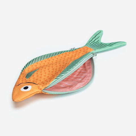 Machuelo fish case | Frankie and Claude