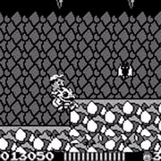 Adventure Island Nintendo Game Boy Game - Screenshot 3