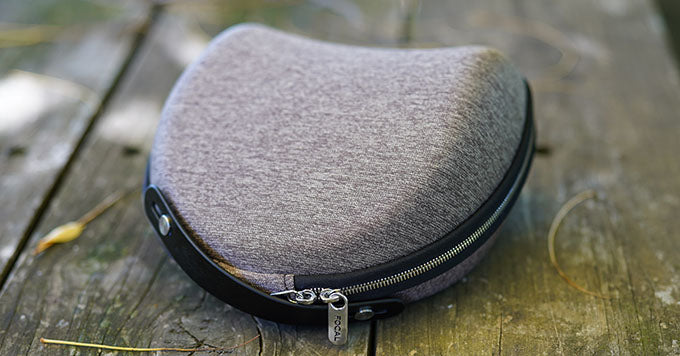 Focal Clear Mg carry case