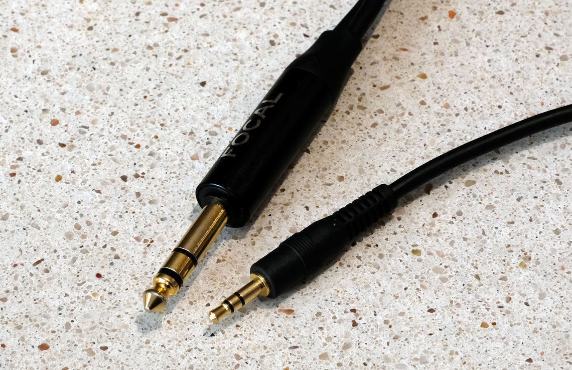 6.35mm and 3.5mm single-ended headphone plugs