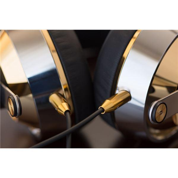 Final Sonorous X High-End Closed Headphones