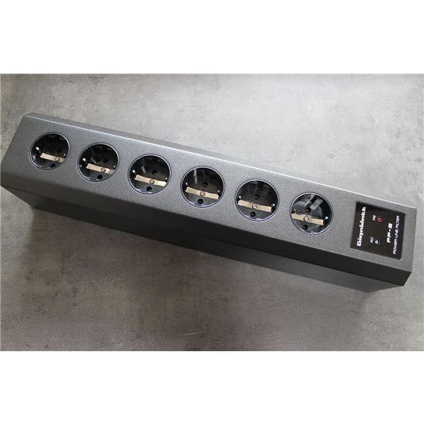 GigaWatt PF-2 MK3 AC Power Filter Strip