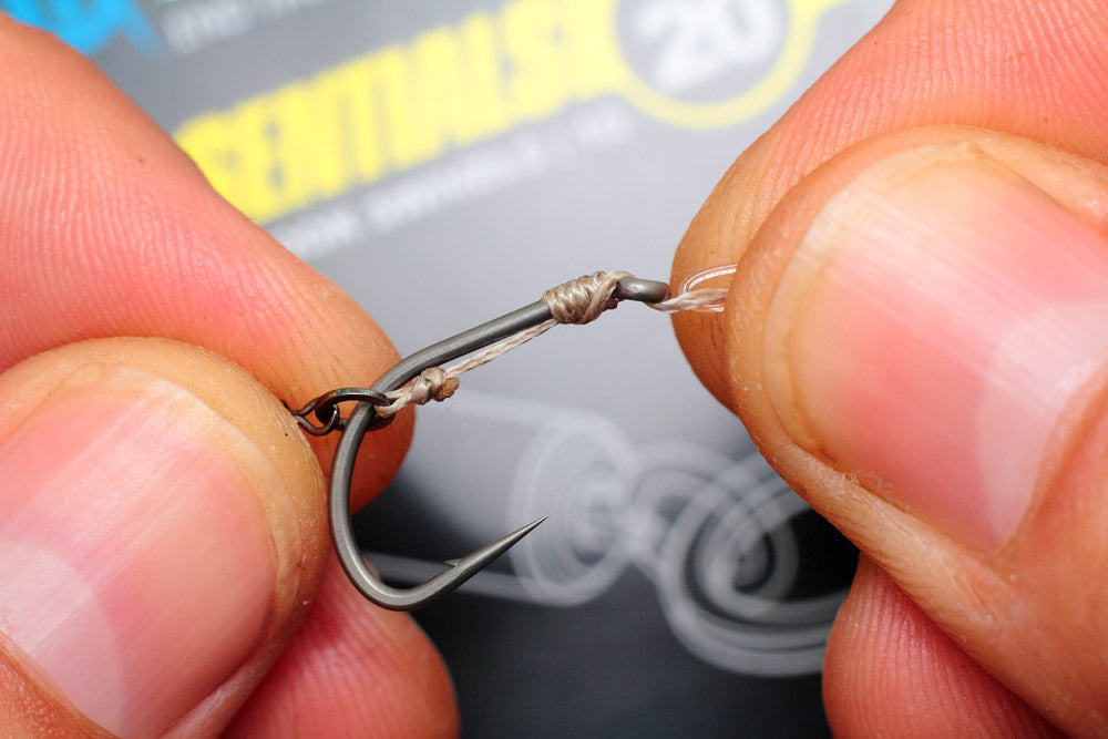 How to tie the Combi rig - A tweak on the classic carp rig