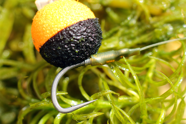 STICKUMUP with our 10MM Zig balls - Perfect for catching those big carp up in the water