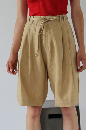 Not so Playa Bermuda Shorts | Latte