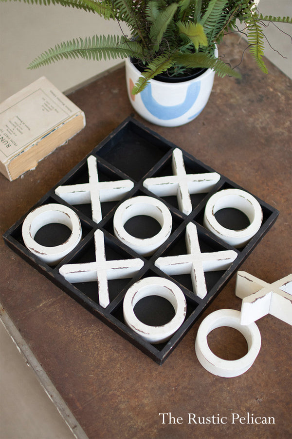 Distressed Wooden Tic Tac Toe Game