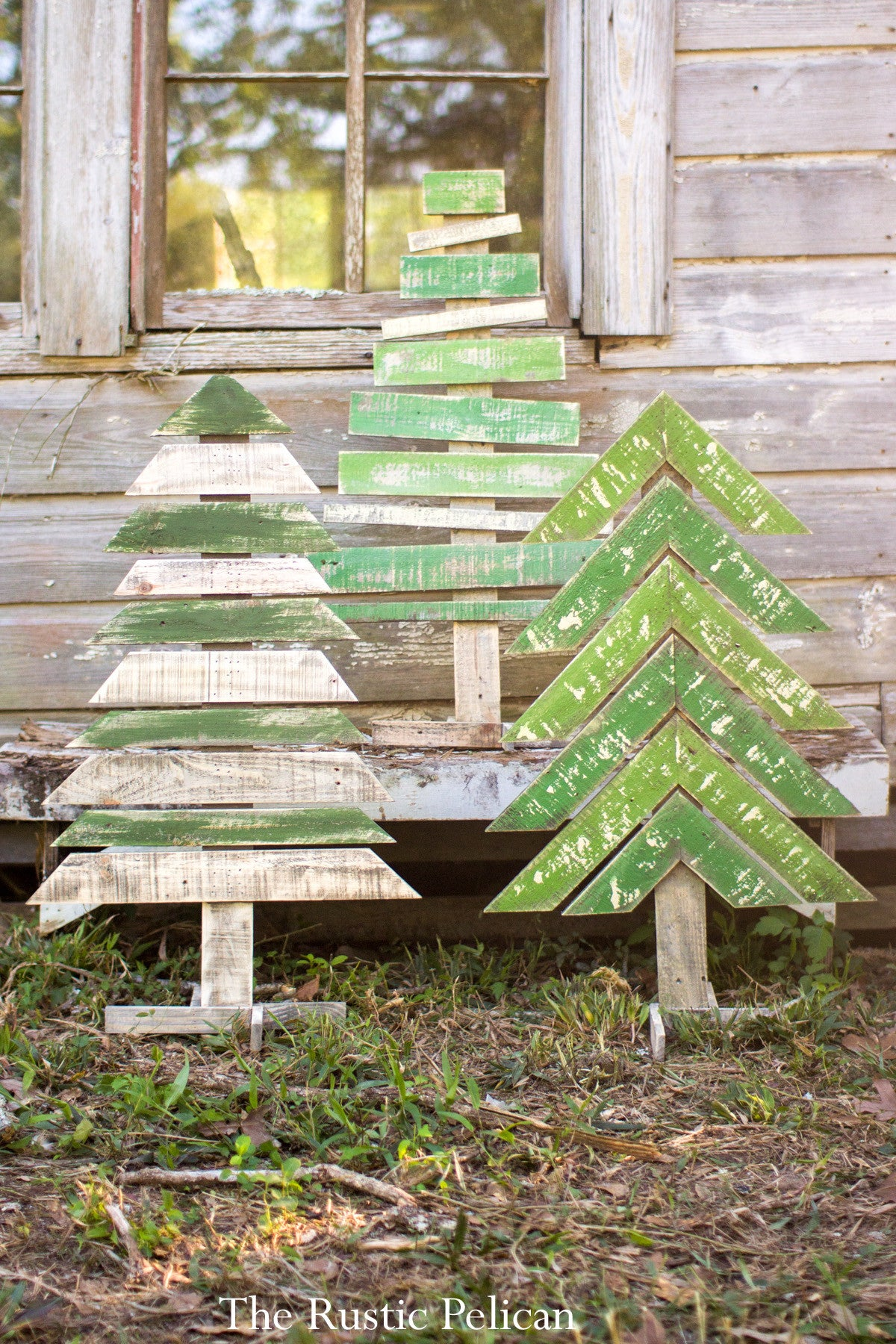 Rustic Farmhouse Reclaimed Wood Christmas Decor The Rustic Pelican