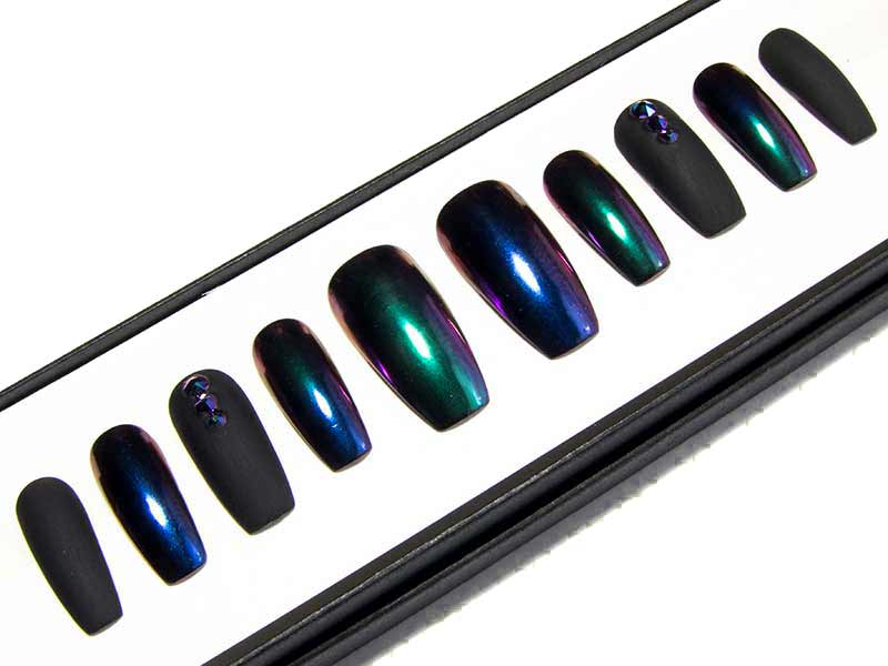 """Chromed-Out Coffin"" Black, Blue & Green Chameleon Chrome Ombre Nails"