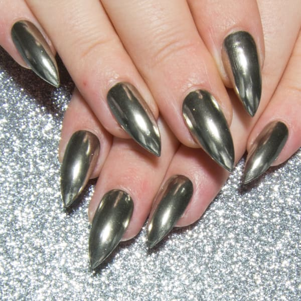 Chrome Nails In 12 Colours