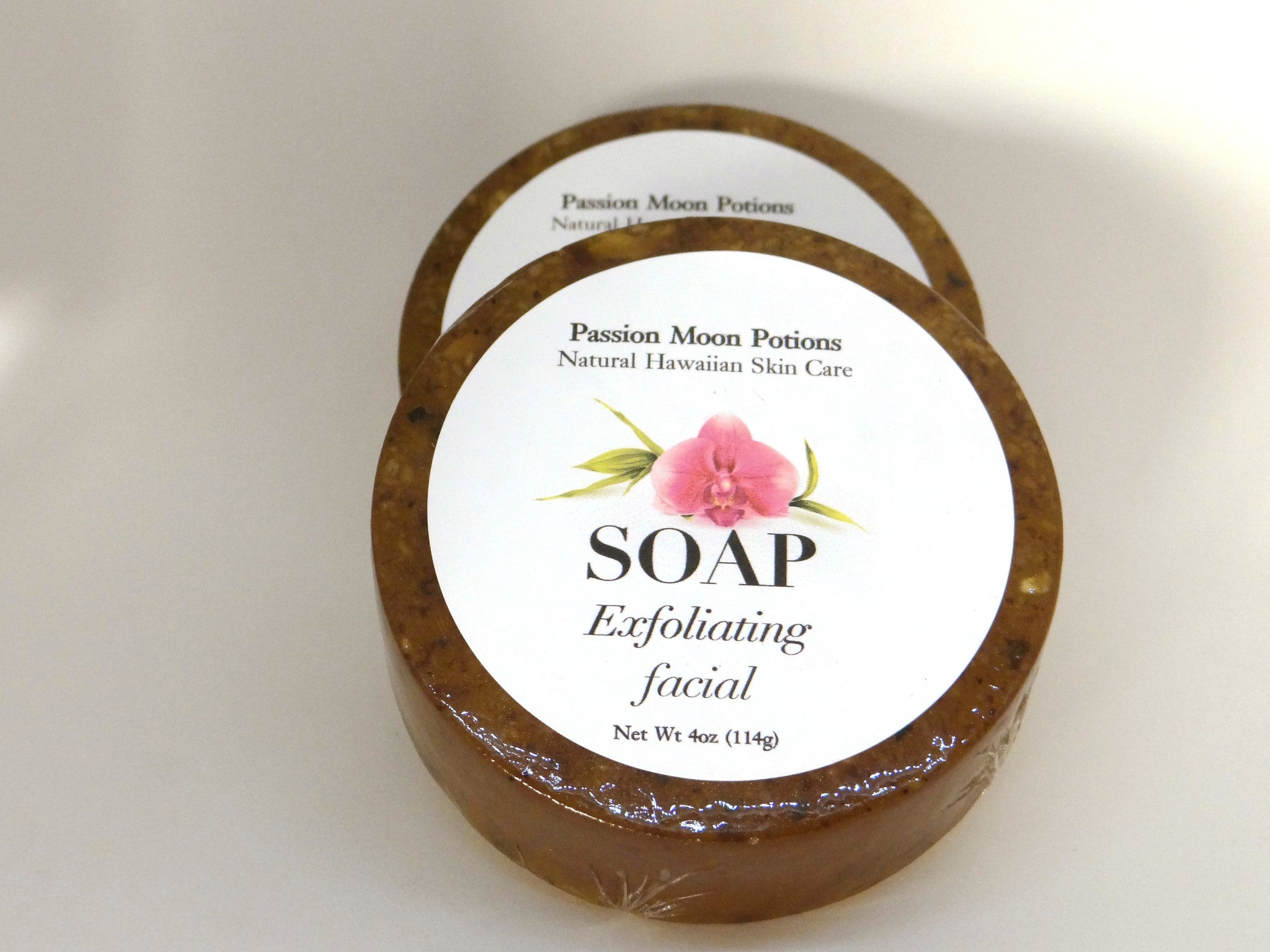 Exfoliating Facial Soap with Raw Honey and Oatmeal - Passion Moon Potions - 1
