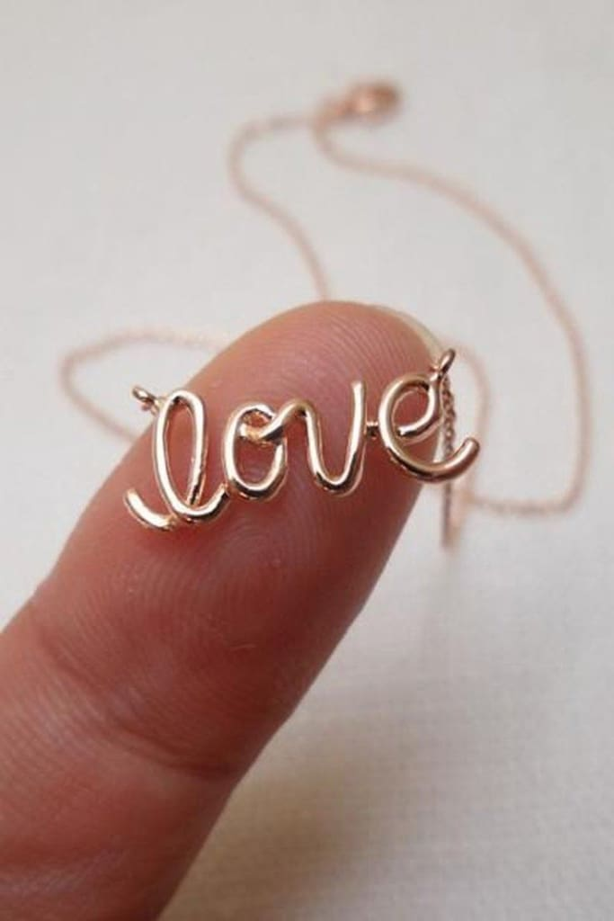 """Love"" Rose Gold Dainty Necklace - JEWELRY - Affordable Boutique Fashion"