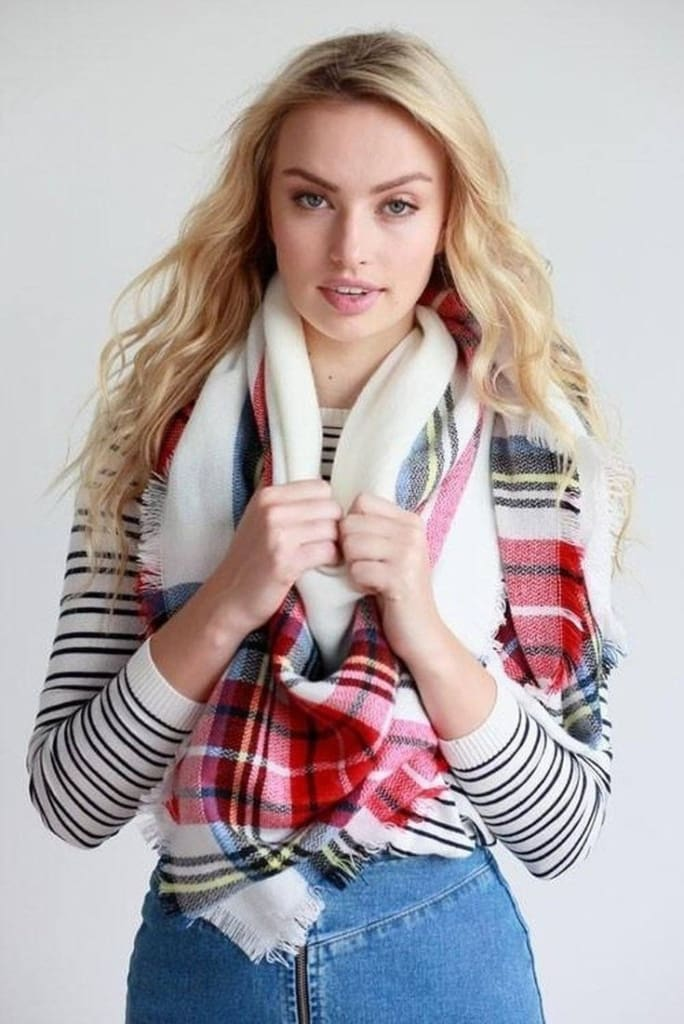Lucky Duck Oversized Plaid Blanket Scarf in Pucker - Accessories - Affordable Boutique Fashion