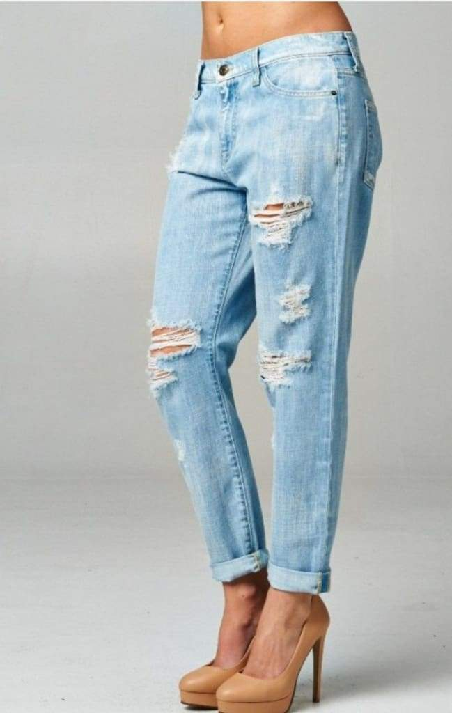 Meredith Boyfriend Jean in Light Wash - Bottoms - Affordable Boutique Fashion