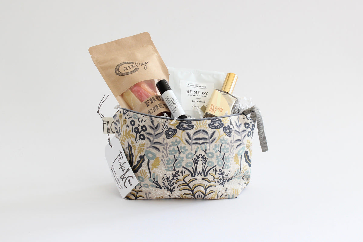 French Fields Makeup Bag