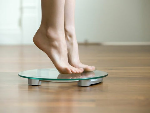 3 Reasons Why You Should Weigh Yourself on a Daily Basis