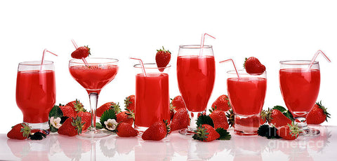 Top 10 Amazing Benefits Of Strawberry Juice For Skin, Hair And Health