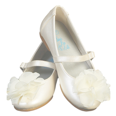 Ivory Dress Shoes With A Flower On Toe Baby Girls Rachel
