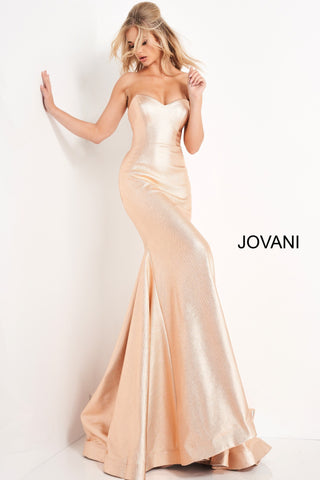 Jovani 06427 is a stunning Metallic Shimmer Long Fitted Formal Evening Gown. Featuring a strapless sweetheart neckline with a mermaid silhouette with a lush trumpet skirt and sweeping train with horse hair trim. Corset lace up back tie closure. Perfect Pageant & Prom Dress! Available Sizes: 00,0,2,4,6,8,10,12,14,16,18,20,22,24  Available Colors: champagne, green, hot-pink, red