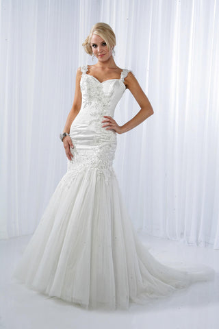 Impression Bridal Gown 10095 Size 2 Ivory Mermaid Dress Lace