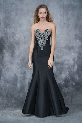 Nina Canacci 2135 embellished  bodice sweetheart neckline long mermaid dress in Black size 4 or 8