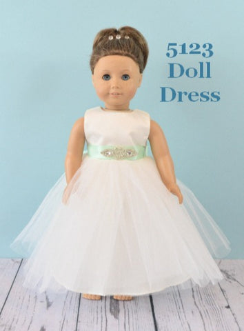 Rosebuds 5123 Doll Dress Matches Rosebuds Flower Girl 5123 Dress Rosebuds 5123 Doll Dress Matching Flower Girl Doll Dress for Rosebuds 5123 Girls Dress  Rosebuds Fashions 5123 Doll Dress Matching Doll Flower Girl Dress  Your Flower Girl can have a matching doll dress that matches her flower girl dress!  One size, fits American Girl Dolls or similar dolls in the same size.  Please indicate the color of the sash.