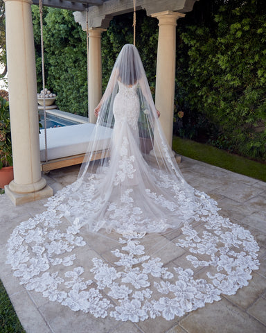 Casablanca Bridal 2447V Veil to match gown 2447 Cathedral length tulle and lace