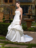 Casablanca Bridal 1959 size 6 diamond white wedding dress