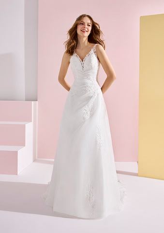 White One BAUBO Bridal Pronovias Wedding Dress A line Sheer Lace Back Gown