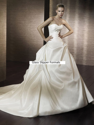 Pronovias San Patrick Capri Bridal Gown Size 10 Off White Wedding Dress