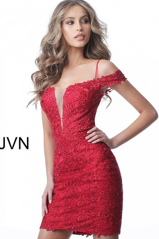 JVN 2291 is an off the shoulder lace fitted short fitted cocktail dress. Plunging Neckline with mesh insert and sultry off the shoulder lace straps with a spaghetti strap. Homecoming dress reception dress