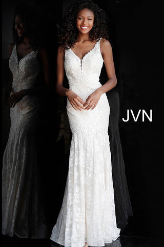 JVN by Jovani 62490 Lace backless fitted prom dress