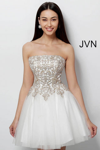JVN63635  This is a short fit and flare homecoming dress with a straight neckline and embellished embroidered bodice. cocktail dress  Available colors:  Off White/Gold, Light Lavender/Silver, Light Blue/Silver, Light Blue/Gold, Black/Gold