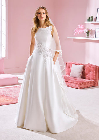 White One WHITNEY Bridal Pronovias Wedding Dress Satin A Line Pockets Bateau Top