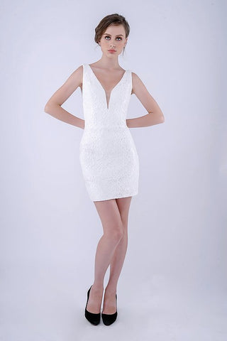 Nina Canacci 266 is a short fitted formal lace cocktail dress. Featuring a V neckline and sheer mesh side panel sides. This simple & Elegant style is perfect for any formal or semi formal event! Open V back. Available Sizes: 0,2,4,6,8,10,12  Available Colors: IVORY, NAVY, RED, BURGUNDY