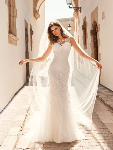 White One Bridal SIENA Pronovias Wedding Dress Lace Mermaid Sheer Sleeves Gown